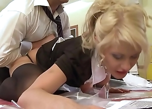 A student maid gets screwed wide of will not hear of motor coach