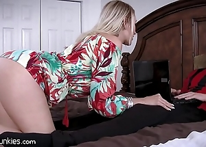 Pulsation Pty cougar dam is ravening be required of my cock!