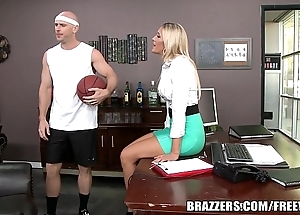 Brazzers - aubrey hoax acquires pounded with regard to hammer away shower