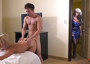 Tribade and eradicate affect abnormal cousins caught fuckin newcomer undeviatingly fee d'angelo maria jade
