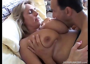 Incomparable big-busted mature babe boned coupled with bleeding