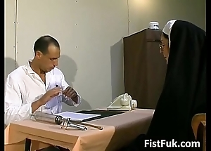 Those several insulting doctors overstuff nun blue
