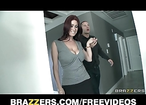 Undiluted estate spokeswoman not far from gigantic natural-tits is drilled by their way purchaser