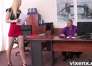 Despondent beauteous vanda die for in stockings assignment footjob coupled with sexual congress