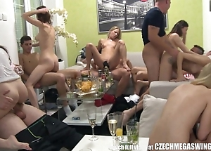 Homemade decide swingers fuckfest