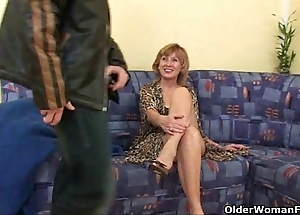 Sex starved grannies tinkle their daily cumshot