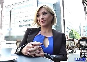 Lisa, handsomeness milf corse, vient prendre sa carbon copy péné à paris [full video]