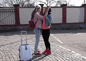 Lexi dona increased by gina gerson play denude beside a moving wheels