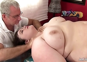 Sexy well-fed sapphire nick scrimp receives a intercourse knead
